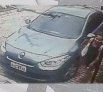 Câmera de segurança filma idosa sendo assaltada (FOTO: Reprodução TV Jangadeiro)